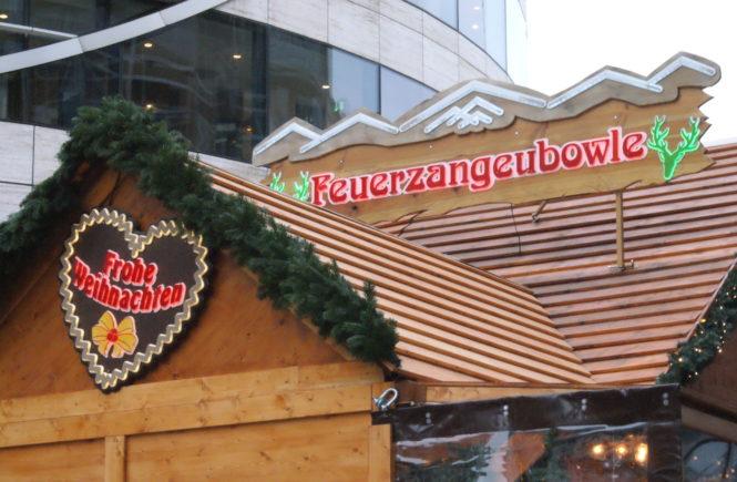 Glühwein Feuerzangenbowle Weihnachten Weihnachtsmarkt Düsseldorf