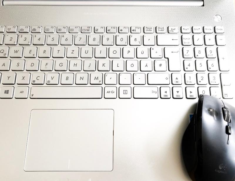 #ein guter Plan #Planung #Schreibtisch #onmydesk #desk #Schreibtisch #allesgleichzeitig #Ordnung #geordnet #planen #multitasking #5von5 #fünfvonfünfimapril