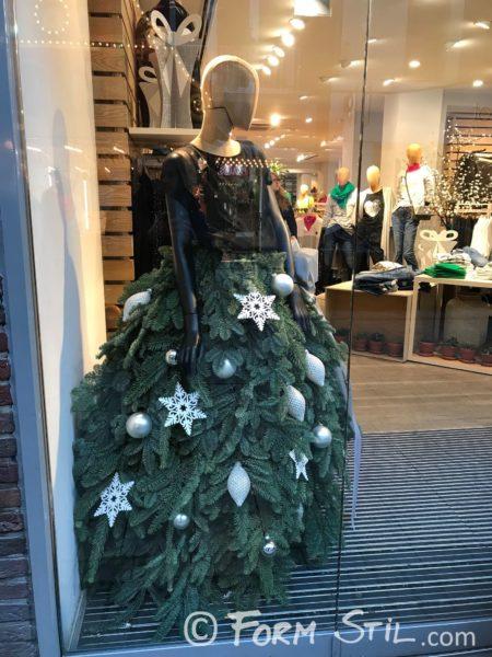 Outfit Tanne Weihnachten Look Weihnachtsoutfit Rock Tanne Tannenzweige