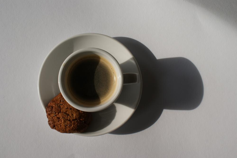 #kaffee #espresso #dessert #fünffragenamfünften #fünffragenamfünftenimmai #mai #frühling #mitmachen #monatskolumne