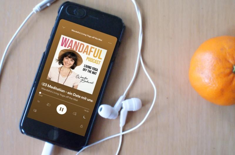 Wanda Badwal, a mindful mess, Meditation, Podcast, Hörprobe #6 für einen smoothen Übergangn in den Frühling